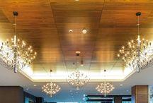 Paneles Decorativos / Diferentes sistemas creados para el revestimiento de paredes y techos, y así conseguir un efecto impactante en la decoración de espacios interiores.