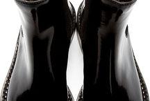 Shoe heaven / Fabulous foot decoration