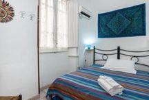 Camere offerta luglio 2016 / Camera con letto a una piazza e mezzo 40 € a coppia. Camera con letto matrimoniale 50 € a coppia. Le camere hanno il bagno privato e aria condizionata.