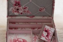 Cartonnage and recycling boxes and tins