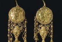 Etruscans Gold and Jewels