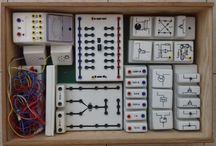 Vintage electronic lab / Žiacke pokusy z elektroniky / Czech electronic lab for schools of 80' and 90' / Stavebnice pro ZŠ, z přelomu 80. a 90. let.