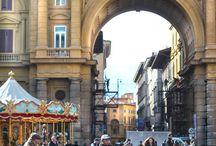 Studiare all'estero in ITALIA! / by Jade Unmann