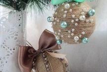 Новогодние шарики и украшения