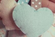 Handmade with love by lasartoriadeiconfetti