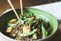Bursting with spring buckwheat noodles
