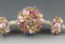 Lampwork / Handmade lampwork beads