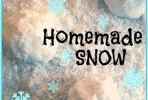 Winter Theme- Weekly Home Preschool / Ideas for a preschool theme unit about winter, snowflakes, snowmen, and cold weather.  Crafts, learning activities, picture books, science, sensory play, fine motor, gross motor, snacks, music, imaginative play, and more!