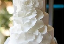 Wedding Cakes / by Emily Bradford