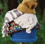 yarn stuff / by Lorie St Germain