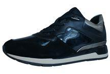 Sneakers / Trainers, sneakers, casual footwear