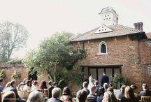Outdoor wedding venues / 0
