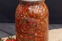 Fermented Foods / Fermenting food is good for your gut
