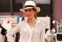 Verena Brock / Designerin von ENA Trachten www.ena-fashion.com Ihr Stil: Hippie-Tracht – eine Kombination aus Luxus, Hippie, Boheme und dem Gipsy Look.