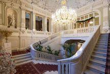 Palaces of St. Petersburg = Дворцы Санкт-Петербурга
