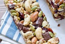 Homemade healthy muesli bars