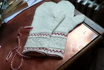 Mittens and gloves 2