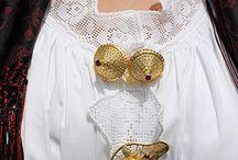 Il costume tipico di Osidda / Particolari del costume antico osiddese.