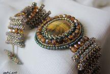 beeds jewelry / bracelets