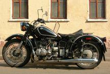 Motorcycle Mama / Moto