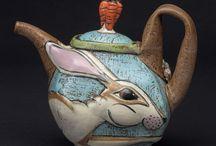 Tea pot rabbit