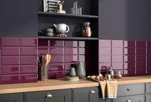 Azulejos | Gloss Trend / Tendencias en azulejos de pequeño formato. Colores brillantes que evocan texturas.
