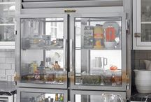 The Healthy Refrigerator /  Stock the shelves with these nutritious choices!