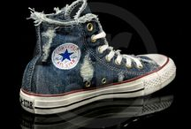 shoooooeeesss / sneakers, boots and of course CONVERSE