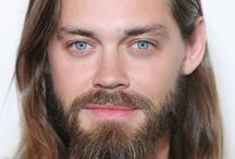 "Tom Payne ""Jesus"""