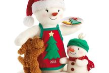 Gift Ideas - 2015 Holiday Showcase / Make this season merry and bright with gift ideas from Hallmark.