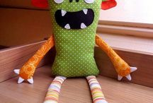 sewing : monsters