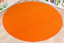 Teppiche und mehr in Orange / Orange ist eine fröhliche Farbe