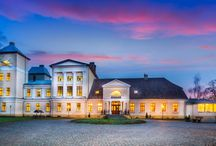 Jabłonowo - Pałac / Pałac w Jabłonowie wzniesiony w 1760 r. przez rodzinę Jabłonowskich. Po II wojnie św. funkcjonowała tu szkoła. Od 2009 r. - własność prywatna, funkcjonuje jako hotel.