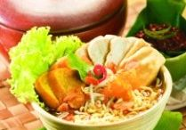 East Java Kitchen / Dishes and snacks from East Java provence.