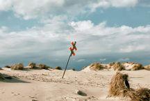 Lage / Traumhafte Aussichten auf Norderney im MeerBlickD21  Dank der Lage des neuen Hotel MeerBlickD21 erleben Sie Ihren Aufenthalt auf Norderney vom Logenplatz aus. Entdecken Sie die Insel und den Blick auf die Nordsee exklusiv aus der ersten Reihe.
