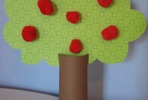 Preschool Apple Unit / Learn through play- a fun way to learn about apples, great for back to school
