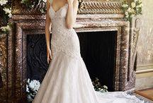 Colección Sacramento Couture 2017 / Nuestra Colección esta inspirada en la elegancia y armonía de nuestras novias, esta linea conjuga finos trazos con los mejores telas y meticulosos acabados.