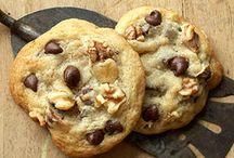 Cookies / by Allie Ziemann
