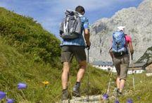 3-Tage Hüttenwanderung am Wilden Kaiser / Der Wilde Kaiser ist eines der spektakulärsten Bergmassive der Alpen. Das Naturschutzgebiet zählt mit seinen schroffen Felsen, kühlen Wäldern und sanften Almen zu den beliebtesten Wander- und Klettergebieten Tirols. Auf der dreitägigen Hüttenwanderung erwandern Sie die schönsten Plätze an der Südseite des Kaisergebirges. Wandern & Weitwandern in Österreich - Tirol.