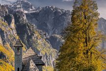 Bosnia Albania