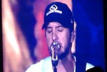 I love luke Bryan / by Rileigh Tipton
