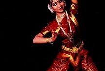 Hindu expressive dancer