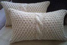 almohadones tejidos a palillos