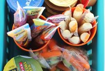 Car Snacking / Packing for a day trip, vacation, or just doing errands with the kids is much easier with planned snacks for on the go munchies. Hungry kids are crabby kids!