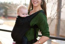 Situations Fun en porte-bébé / Des situations drôles, ubuesques, incongrues de bébés ou parent en porte-bébé.