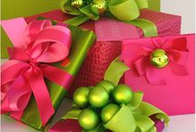 Gift wrapping ideas / by Carrie Richardson