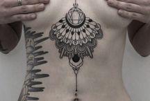 Meninas com tatuagem♡