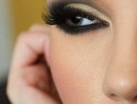 Makeup & Hair 💄 / by Damaris