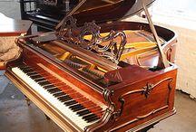 Grotrian-Steinweg grand pianos / Grotrian-Steinweg grand pianos at Besbrode Pianos