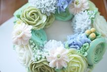 wedding cakes/ normal cakes